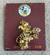 Disney Mickey And Co. Minnie With Flowers Goldtone Gold Vintage Pin With Jewels