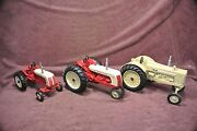 Collector Series Cockshutt 560 Blackhawk 20 50 1/16th Scale Toy Tractors