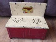 Vintage Little Orphan Annie Metal Tin Toy Stove