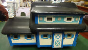 Unusual Large Vintage Wooden And Ceramic Wren Bird House W/lights Reduced