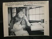 Wire Press Photo 1992 Kathy Blackwell With Daughter President Bush Pen Pal Ma