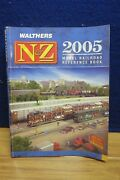 Walthers Nandz 2005 Model Rr Reference Book 576959