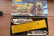 Vintage Athearn Ho 1622 Jersey Central 50andrsquo Mechanical Reefer W/extra Couplers