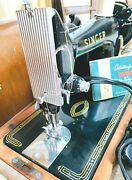 Singer Sewing Machine Model 99 K With Wood Case.  Working With Key ... 1304