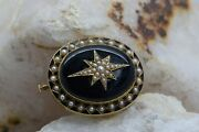 Victorian Mourning Pin/pendant 1882 14k Yg Black Onyx And Pearl Enamel