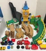 Geotrax Lot Grand Central Station Clock Tower, Gas Station, Tracks Trains Signs