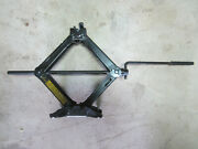 Scissor-jack For Small Domestic Or Foreign Car