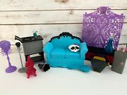 Monster High Doll House Mic Furniture Lot Euc Couch/suitcase/pillow/mini Fridge