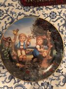 M.j. Hummel Apple Tree Boy And Girl Collectible Plate Very Rare