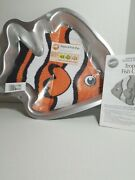 Wilton Tropical Fish Cake Pan Mold 2105-1014 2006 Pre-owned