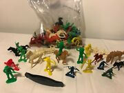 Cowboys And Indians Vintage Plastic Figures Lot Of 113 Pieces Marx China