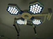 New Led Operating Light Surgical Ot Room Lamp Led Thermal 140000 Lux Excellent