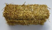 Clean Bedding Straw For Rabbits Guinea Pigs 4 Bales Per Pack 8 Lbs