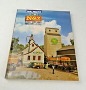 Walthers N, And Z Scale Train Reference Book Catalog 2008