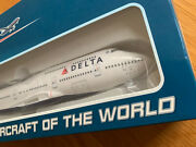 Delta Airlines Boeing 747-400 Large Solid Model 1/200 747 With L/gear Usa N665us