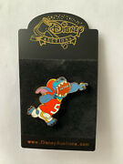 Disney Auctions Stitch Playing Football Wide Reciever Player 5 Pin Le 250 New