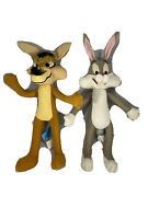 1971 16andrdquo Wile E Coyote And Bugs Bunny Mighty Star Wired Poseable Plush Warner Bros
