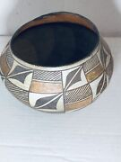 Antique Acoma Native American Indian Polychrome Pot Pottery
