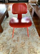 Eames Herman Miller Molded Plywood Chairs,set Of 4. Red. Some Paint Scratches.