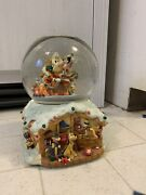 Disney Mickey Mouse Santa Claus Is Coming To Town Snow Globle Used