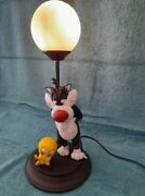 Extremely Rare Looney Tunes Sylvester Wants To Eat Tweety Figurine Lamp Statue