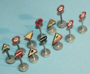 Meccano England Dinky Toys 11 International Road Signs 771 Gift Set 1953