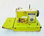 Rare Old Vintage Battery Operated Litho Tin Sewing Machine Toy , Japan