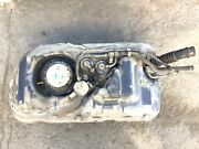 01-05 Insight At Fuel Gas Tank With Pump And Meter Sending Unit Tubes Used Oem