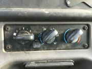 2007 Freightliner M2 106 Heater And Ac Temp Control 3 Knobs 1 Button
