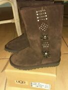 New In Box Ugg 5881 Coffee Brown Studied Boots With Stars Size 7 695 Retail