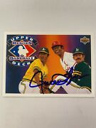 1992 Upper Deck Heroes Of Baseball H8 - Rollie Fingers Autographed