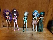 Monster High Doll Skull Shores 5 Pack Draculaura Cleo Clawdeen Frankie Ghoulia