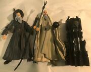 Lord Of The Rings Saruman And Gandalf With Accessories 7 Action Figures