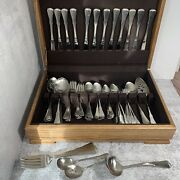 Large Set 86 Oneida American Patrick Henry Stainless Flatware With Oak Chest