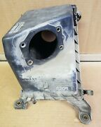 96-99 Subaru Legacy 2.2l Air Cleaner Filter Box Upper And Lower