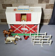 Vintage Fisher Price Little People Farm Barn 2501 1986 Works W/ White Horse