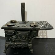 Vintage Collectible Crescent Cast Iron Cook Stove Salesman Sample Toy