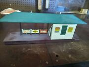 256 Lionel Freight Station