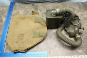 Vintage Wwii Us Army Issued Domestic Use Gas Mask/ Canister And Carry Bag 114c
