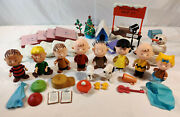 Peanuts Charlie Brown Christmas Lucy Linus Pig Pen Snoopy Memory Lane Ufs Pmi