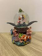 """Disney Store Finding Nemo Coral Reef Musical Snowglobe """"over The Waves"""" With Box"""