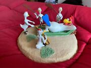 Extremely Rare Looney Tunes Foghorn Leghorn King Of Chickens Figurine Statue