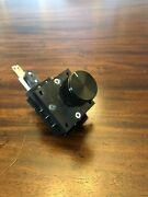 Front Line Arcade Rotary Switch-in Miniature