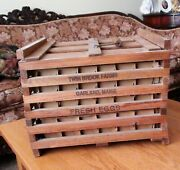 Primitive Twin Brook Farms Wooden Egg Crate With Dividers And Handle