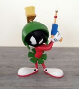 Extremely Rare Looney Tunes Marvin The Martian With Lasergun Figurine Statue