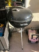 Weber 14501001 Master-touch Charcoal Grill 22 Black