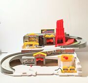 Hot Wheels Sto And Go Car Wash And Service Station Center Playset, Mattel, 2015