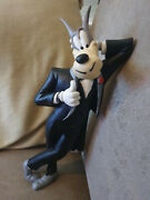 Extremely Rare Droopy Wolf Tex Avery Self Leaning Figurine Statue