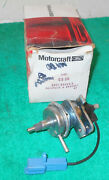 1979 Ford Mustang Mercury Lincoln Nos 302 Vv 5.0 Carburetor Idle Stop Solenoid