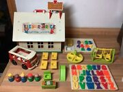 Vintage Fisher-price Little People Play Family School 923